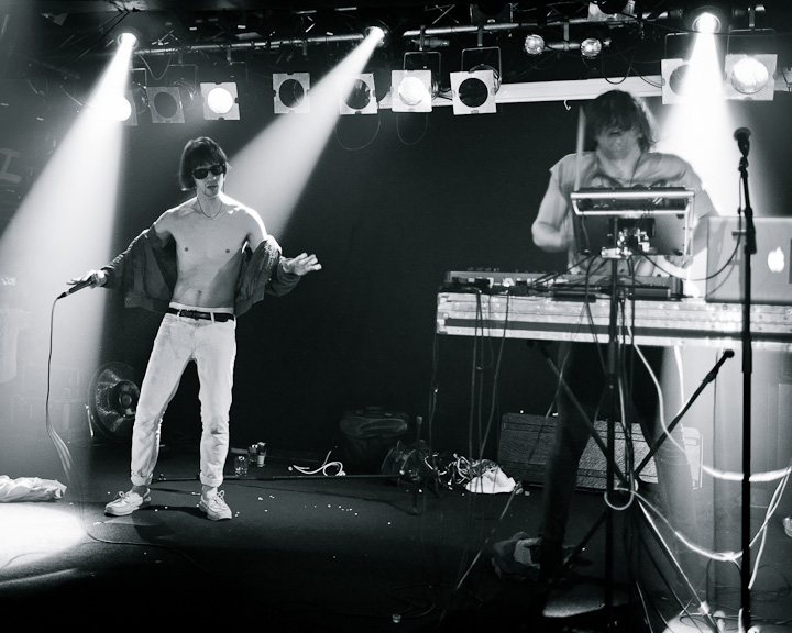 Greatest Hits at Debaser Slussen. Zak Mering, Tyler Thacker. July 23, 2011, 20110723.